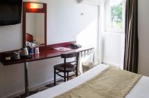 Hotel Le Provenal Chambres Au Calme Pr Du Lac De Bordeaux