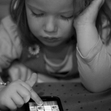 I let Siri babysit my kid, and all I have to say is, HAHAHA, SUCKA!