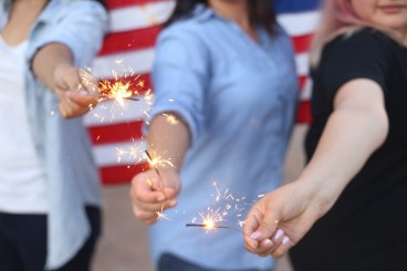 girls-with-sparklers