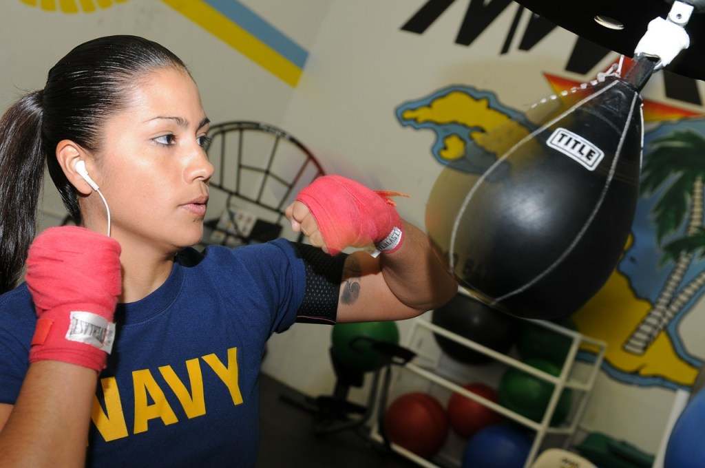 Women's Boxing Champ Uses Facebook Moms' Group to Train for Fight