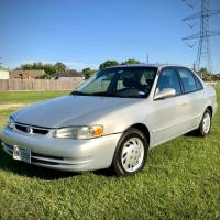This funny craigslist ad for a Toyota Corolla is the funniest thing you'll see on the internet.