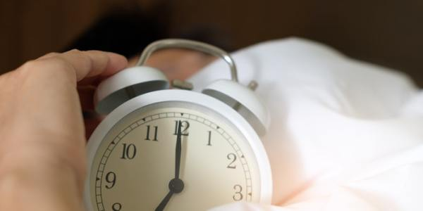 Study Shows People Who Run Late Are Happier and Live Longer, So Hit That Snooze Button Again