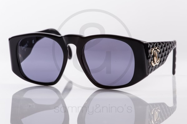 vintage-sunglasses-chanel-01450-black-gold1
