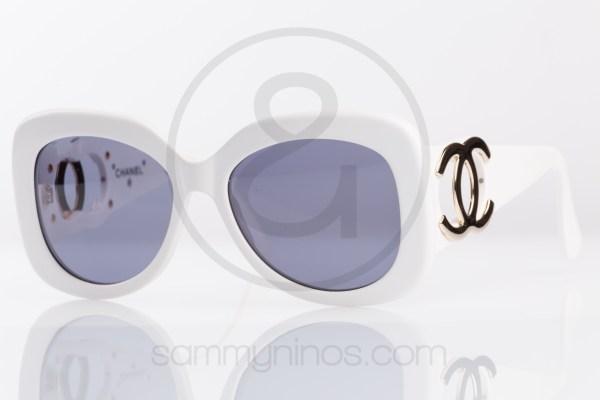 vintage-chanel-sunglasses-05253-white-11