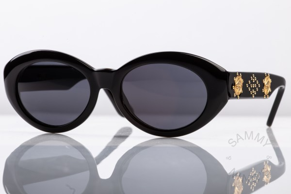gianni-versace-sunglasses-vintage-s17-90s-1