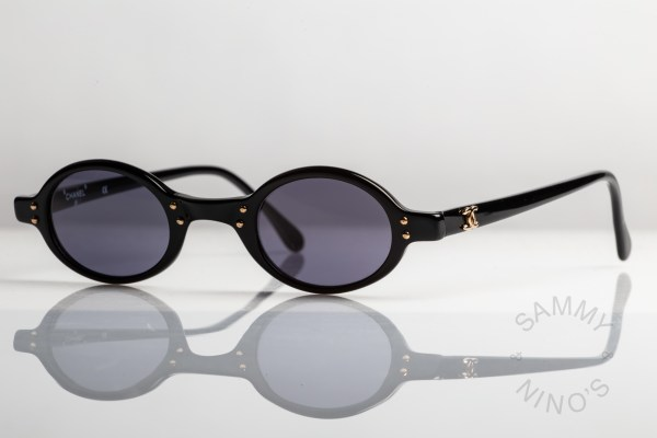 chanel-sunglasses-vintage-02467-90s-1