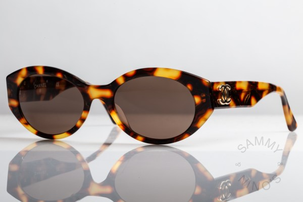 chanel-sunglasses-vintage-03517-90s-1