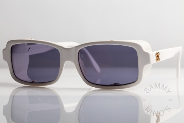chanel-sunglasses-vintage-03521-90s-white-2