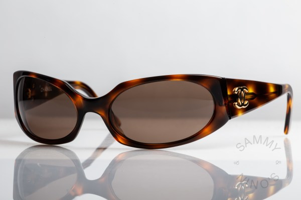 chanel-sunglasses-vintage-07795-90s-1