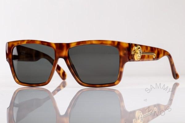 vintage-versace-sunglasses-372dm-tortoise-1