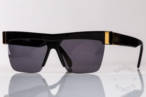 vintage-versace-sunglasses-399-gianni-medusa-1