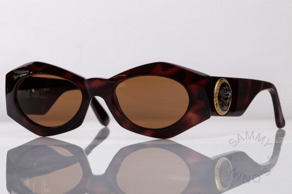 vintage-versace-sunglasses-420e-gianni-90s-1