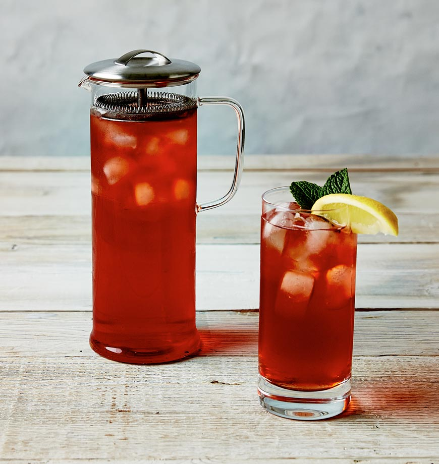 The Tall Vivid Brew Pot with iced tea