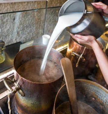 Adding whole milk to Samovar Masala Chai