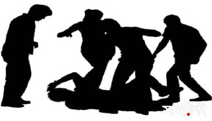 pp বরিশালের গৌরনদীতে রোজাদার নারীকে গাছের সাথে বেঁধে নির্যাতনের অভিযোগ