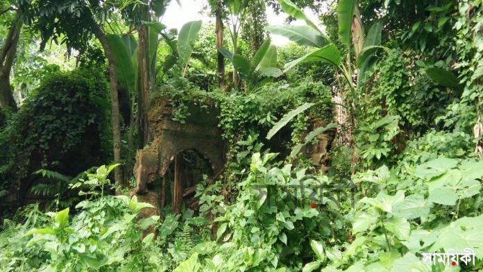 5 4 নাটোরের ধরাইল জমিদারের বাড়িসহ সম্পত্তি প্রভাবশালীদের দখলে