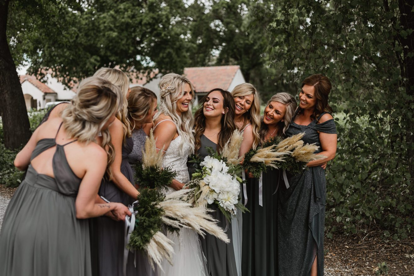 Bride and bridesmaids bridal party photos.