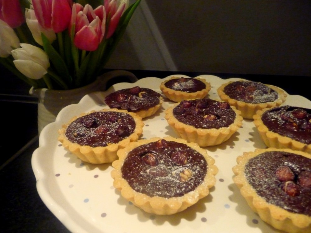 chocolate-hazelnut-tarts