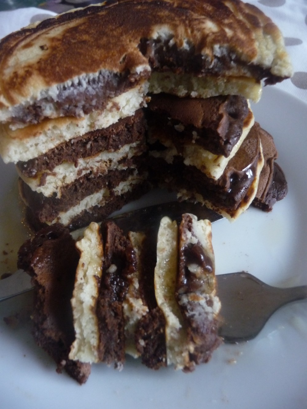 chocolate-plain-pancakes