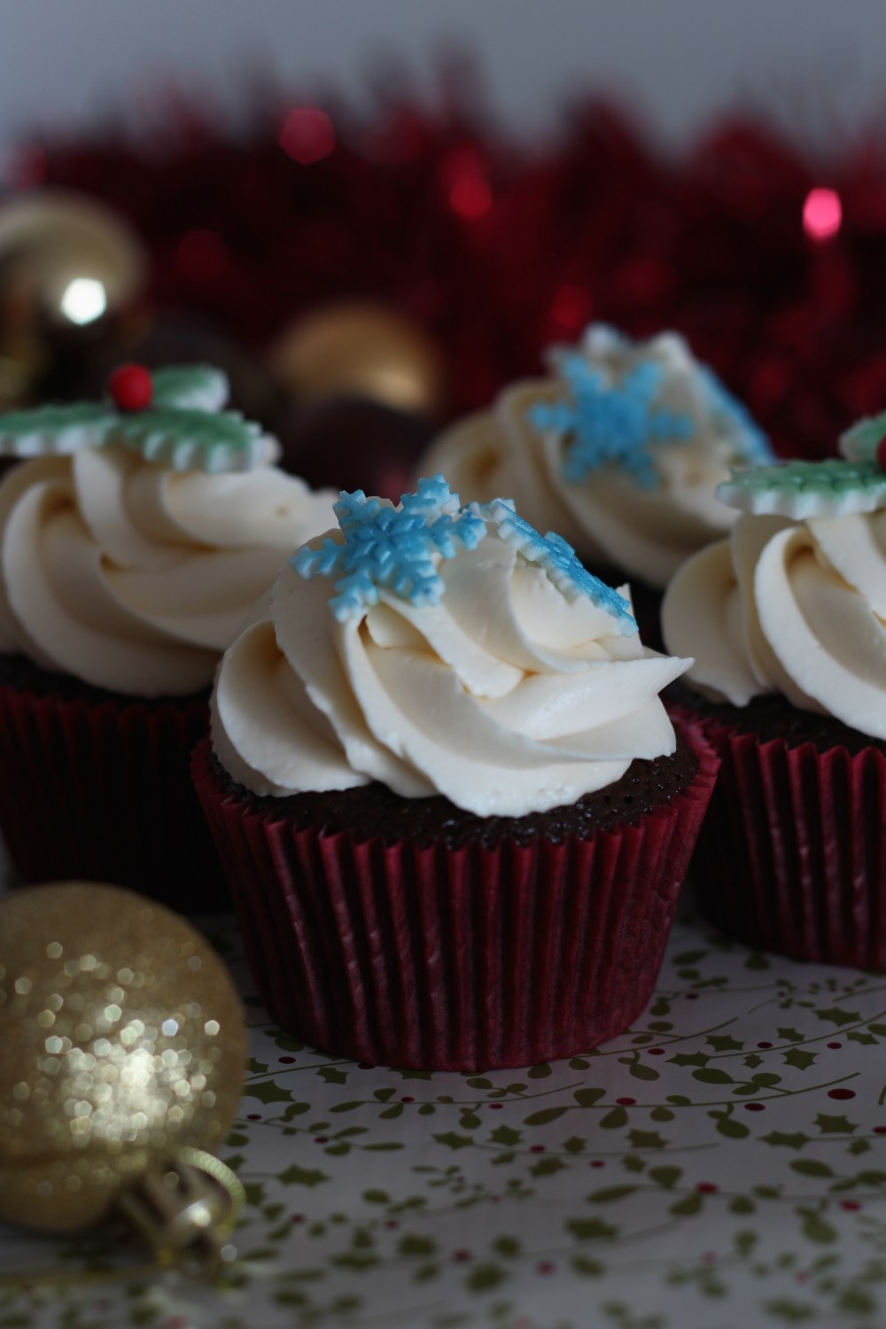 chocolate-cherry-brandy-cupcakes