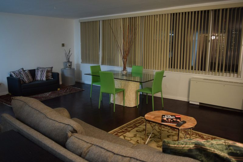 SUNNY LARGE 1 BEDROOM/1.5 BATH….24 HR CONCIERGE…1 BLOCK FROM RED LINE