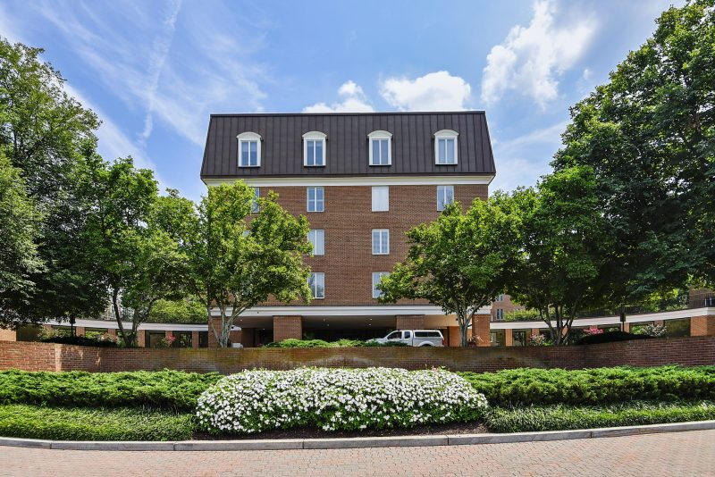 Spacious, sunny Chevy Chase Condo 2BR or 1 BR + Den. Beautifully furnished.  Quiet building near NIH and Walter Reed (~3miles) Garage parking.