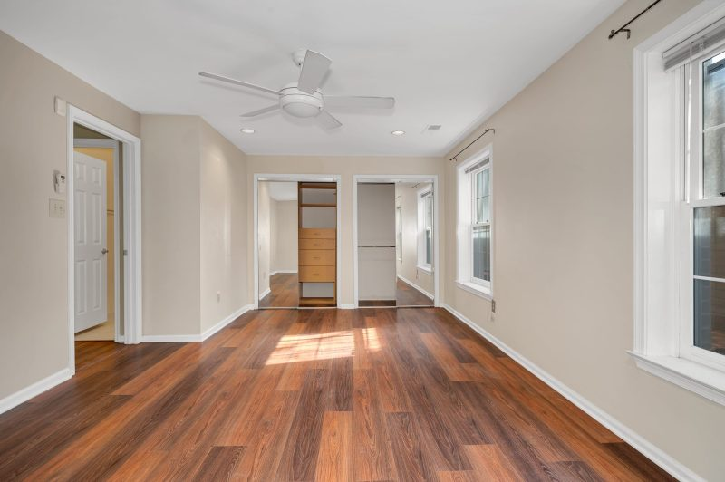 Move-in Ready Rockville, MD Junior One Bedroom!