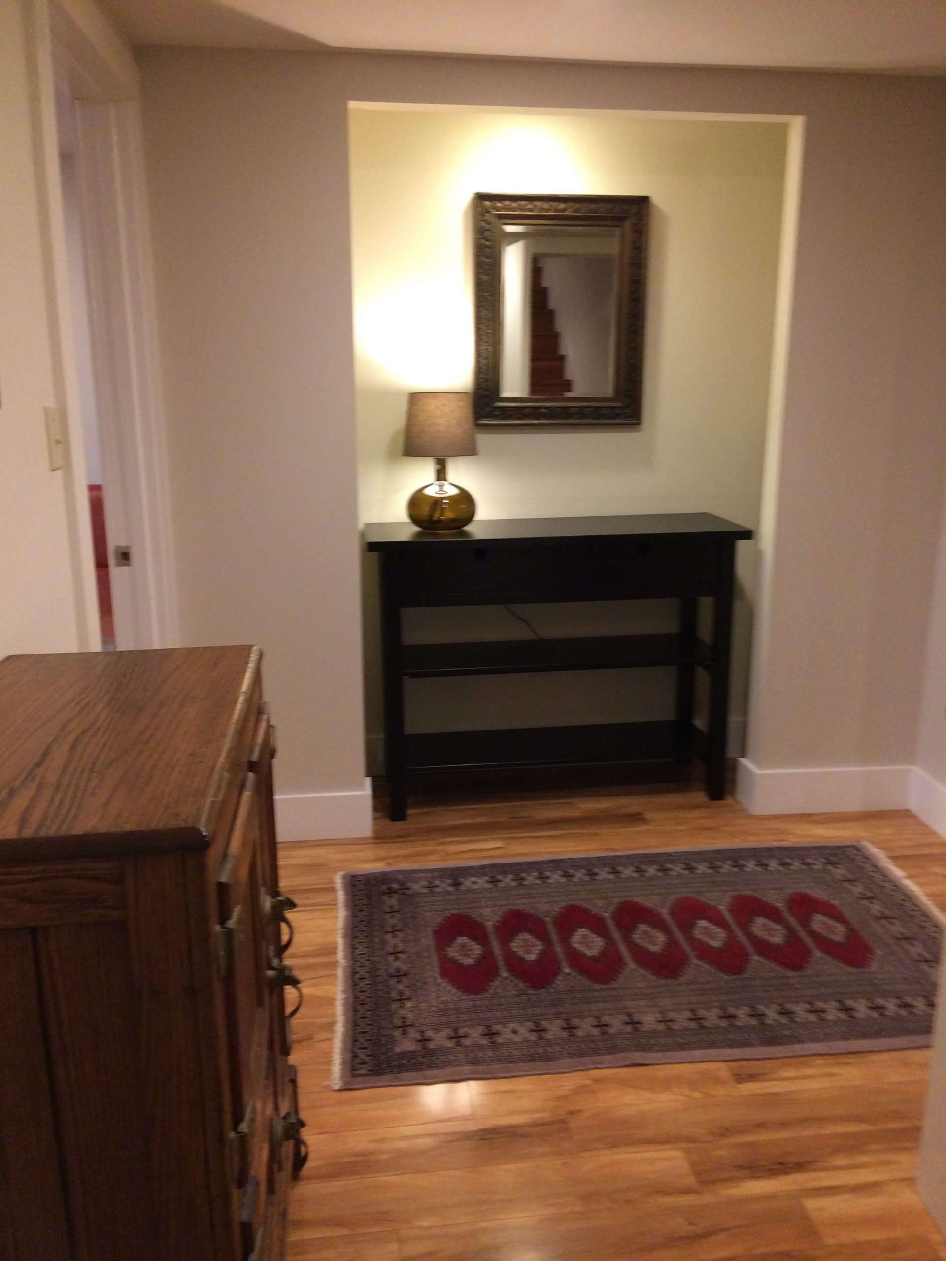 Foyer between LR, Kitchen, & Bedroom