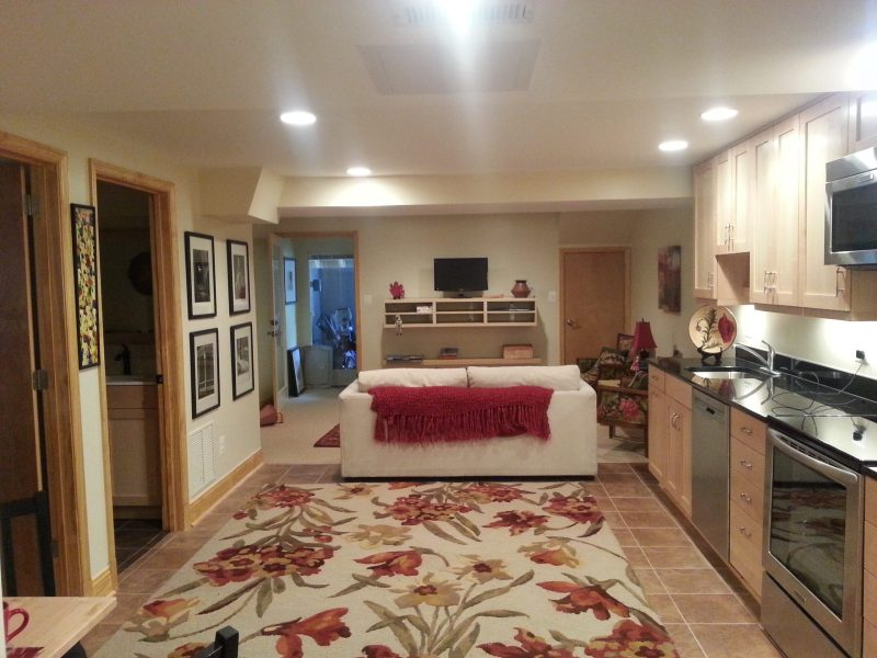 PREMIER LOCATION Bethesda 2 bedroom basement apartment to SHARE