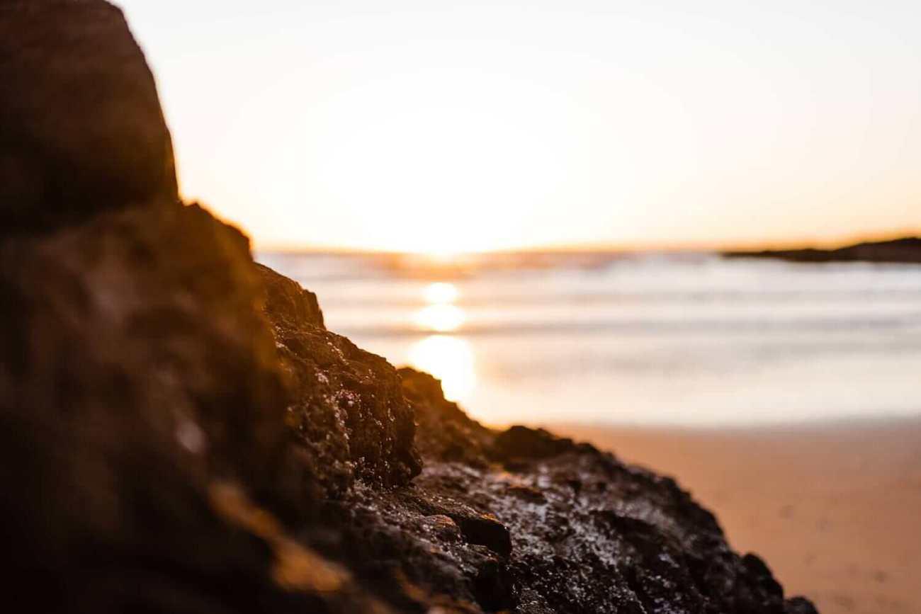 beach proposal,cape perpetua,elope,engagement session,neptune beach,oregon coast proposal,oregon wedding photographer,pacific northwest,