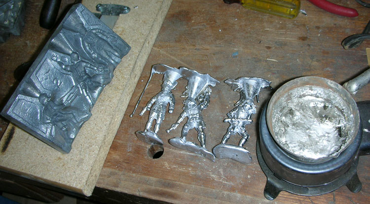 WWII Lead Soldier Casting Set by Rapco  Sams Toybox