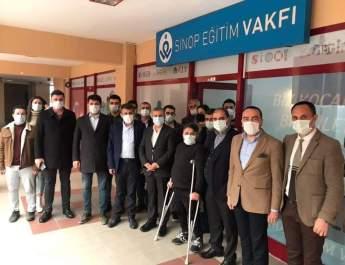 Nazım Maviş'ten Sinop Eğitim Vakfına Ziyaret