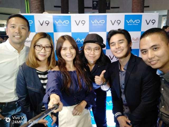 VIVO Philippines Partners with Ayala Malls