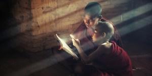 buddhism_buddha_disciples_103085_3840x2400-