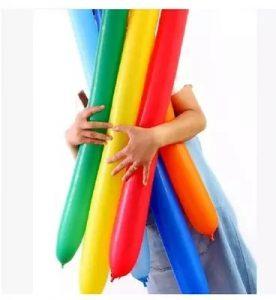 Uzun mavi bir balon...