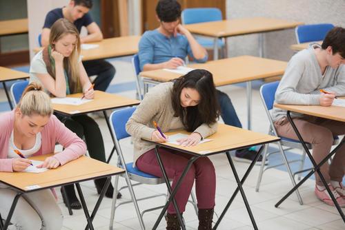 """ABD'de Burslu Okumanın Şartları """"TOEFL, SAT, IELTS"""""""