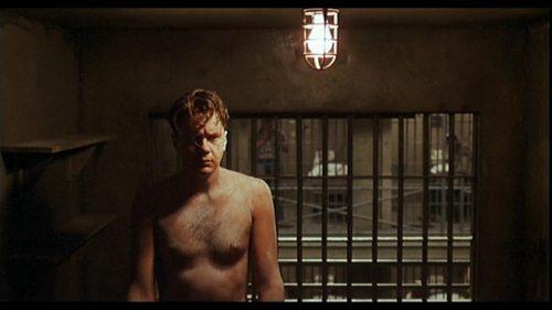 Resim10: Esaretin Bedeli (1994), Andy hücresinde.