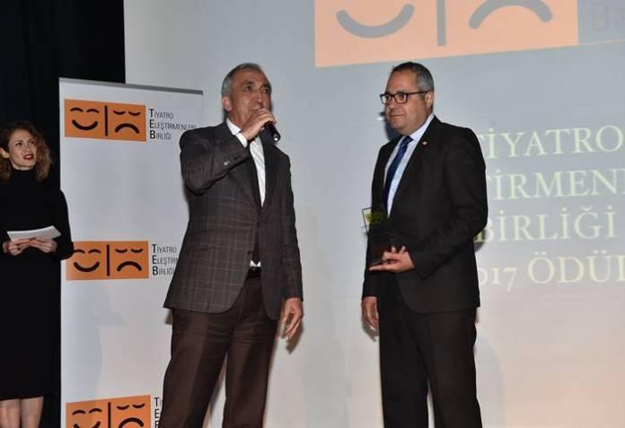 Tiyatro Eleştirmenleri, Yılın En İyilerini Ödüllendirdi