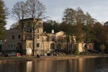 «Дворец на воде» Фальковский