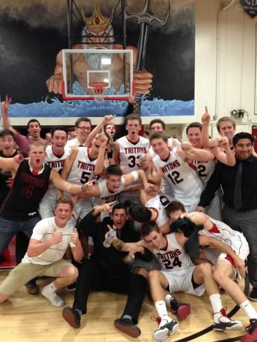 The San Clemente boys basketball team celebrates their Sea View League Championship. Photo by Steve Breazeale