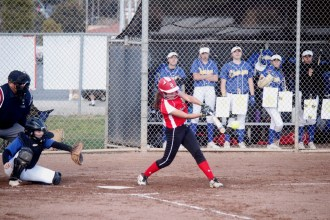 The San Clemente softball team wants to bounce back from a disappointing 2017 and is doing that early with a 3-2 start, including a 13-2 home win over El Toro on Feb. 27. Photo: Zach Cavanagh