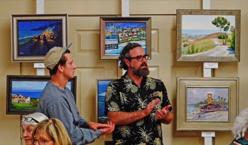 Attendees applaud as the San Clemente Art Association makes announcements at this year's Paint San Clemente awards gala in the Community Center. Photo: Fred Swegles