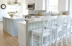17 Practical Coastal Kitchen That You Are Going To Love
