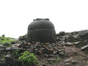 A_stone_vessel_at_Naneghat_near_Junnar_in_Pune_district
