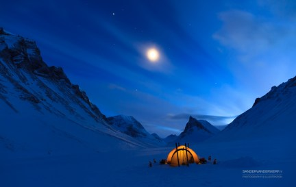 Tent at night in Lapland