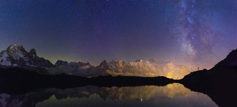 Mont Blanc mountain range and the milkyway seen from Lac De Chéserys.