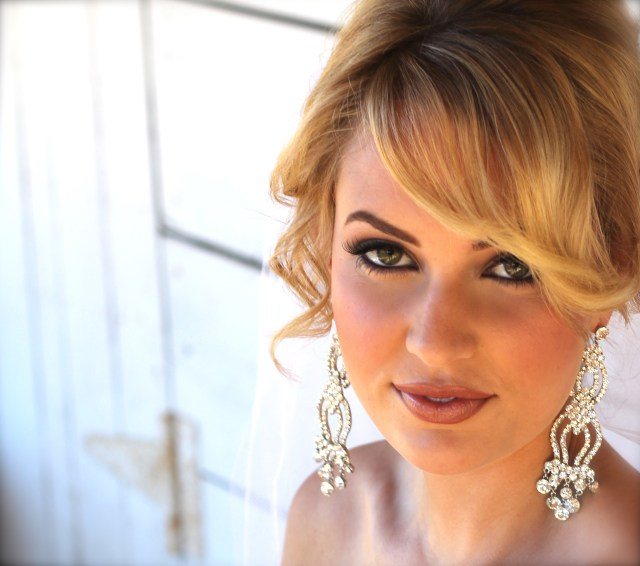 cindy rankin is a premier hair & makeup artist for weddings