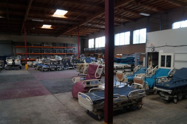 Hospital bed warehouse wholesale hospital beds