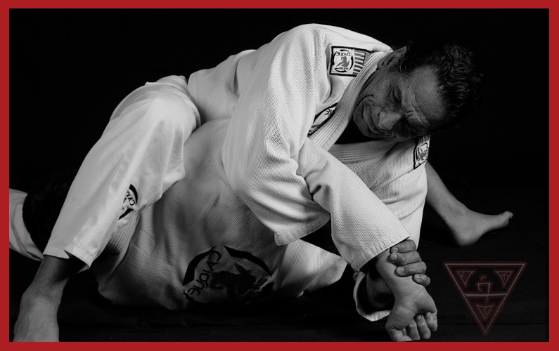 What is the Best Way to Do an Armlock in Brazilian Jiu-Jitsu?