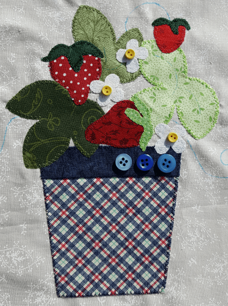 Sandra Healy Designs Calendar Quilt Strawberry with buttons